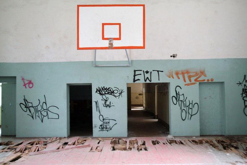 Abandonedmagazine-Vogelsang-Turnhalle