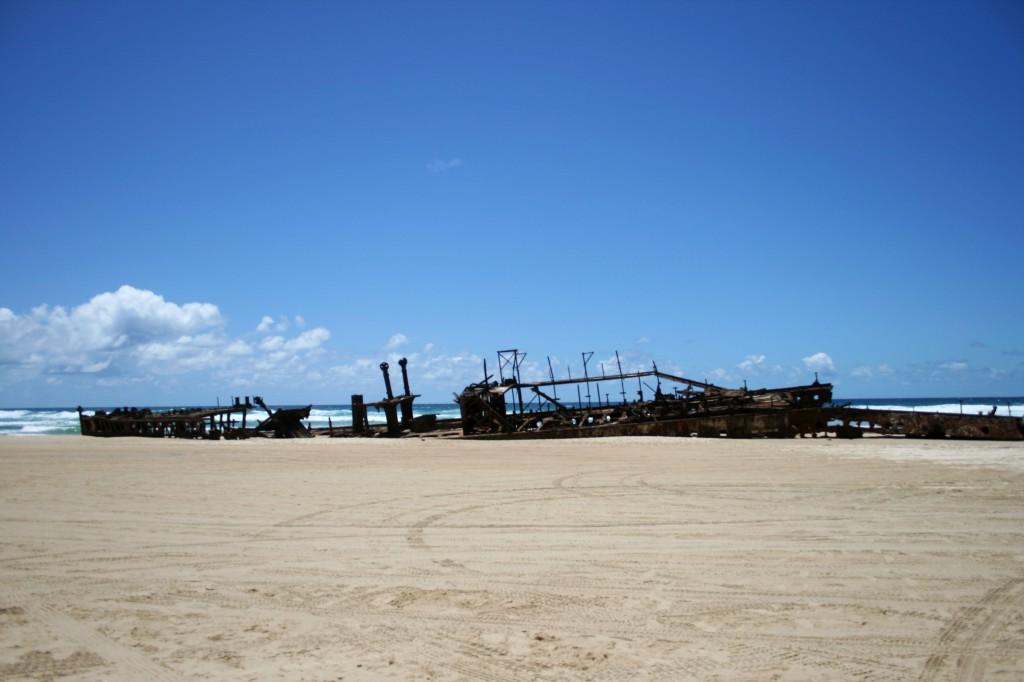 fraser-island-shipswreck-australia