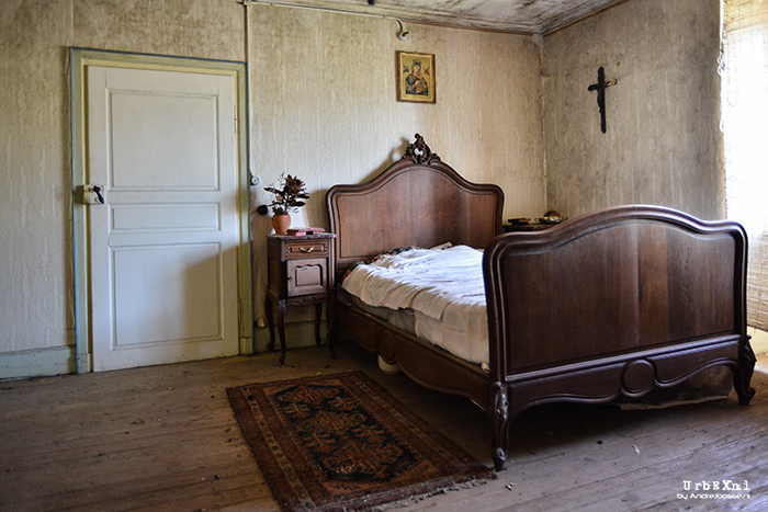 maison-kirsch-abandoned-magazine
