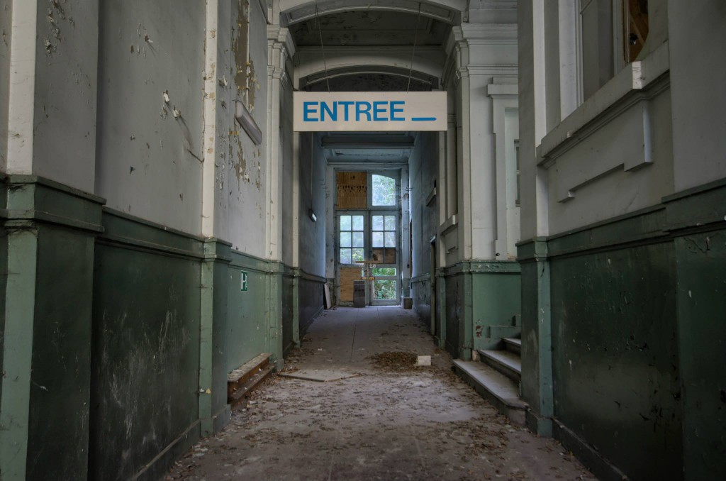 Lycée V-Verlassene-Schule-Urbex-Belgien