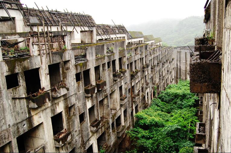 Taiwan-Abandoned-magazine-Keelung