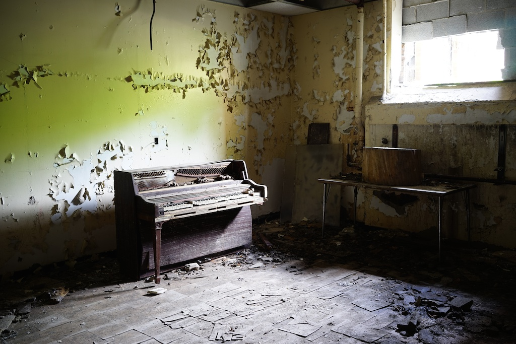 Piano - George-Ferris-School - Detroit
